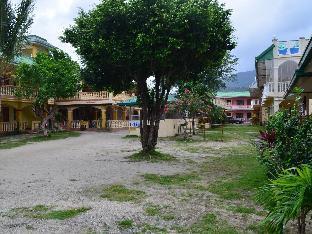 picture 3 of White Beach Lodge & Restaurant