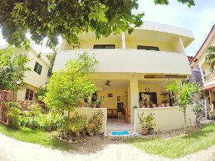 picture 3 of Fiesta Haus Resort