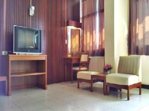 Tapee Hotel