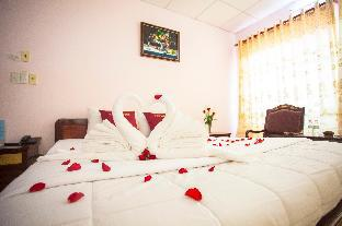T90 Guest House