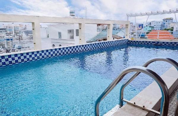 Ananas Family Hotel - Pool Terrace Ho Chi Minh City