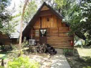 滨水花园度假村 (Baan Suan Rim Nam Resort)