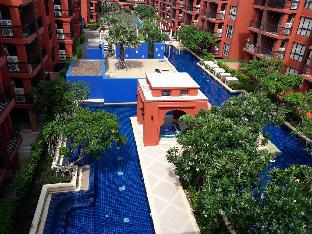 Фото отеля BLU ROC  2 BEDROOM  CONDO  200 metres to SEENSCAPE