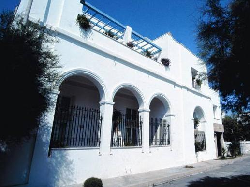 Hyencos Hotel Callyon