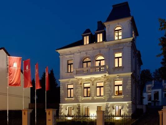 Boutique Hotel Villa Am Ruhrufer Golf And Spa