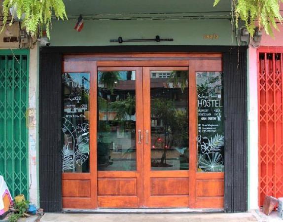 Klong House hostel & cafe Bangkok