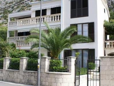 Apartments Radulovic
