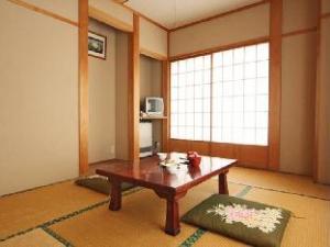 Kinoko no Yado Marunaka Lodge