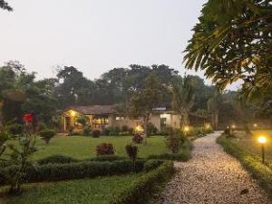 绿色大厦的丛林度假村 (Green Mansions Jungle Resort)