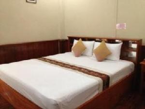 Somchith Chaleunxay Hotel