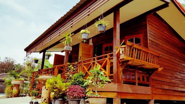 Happy Guesthouse Bungalow Sukhothai
