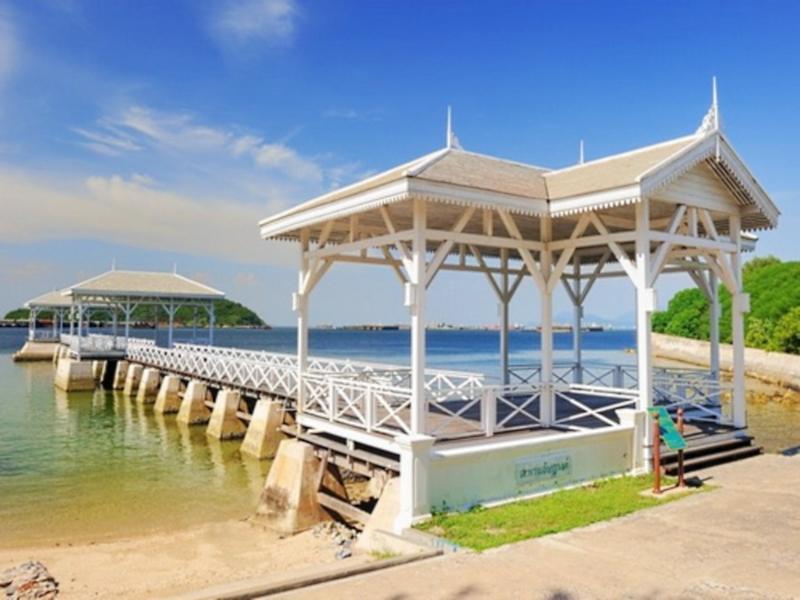 Adrian View Resort 4