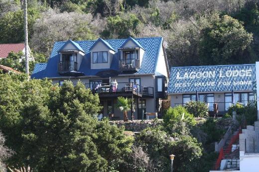 Lagoon Lodge