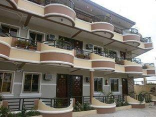 picture 1 of CittaVIVERE Suites