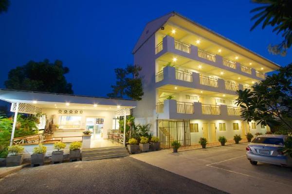 Charn Residence Chonburi