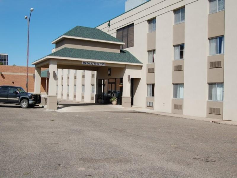 Econo Lodge Hotel And Conference Center Pierre