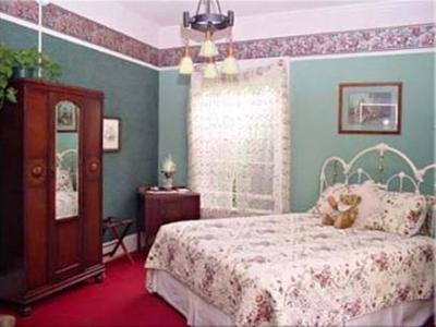 Olallieberry Inn Bed And Breakfast