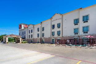 Фото отеля Econo Lodge Inn & Suites