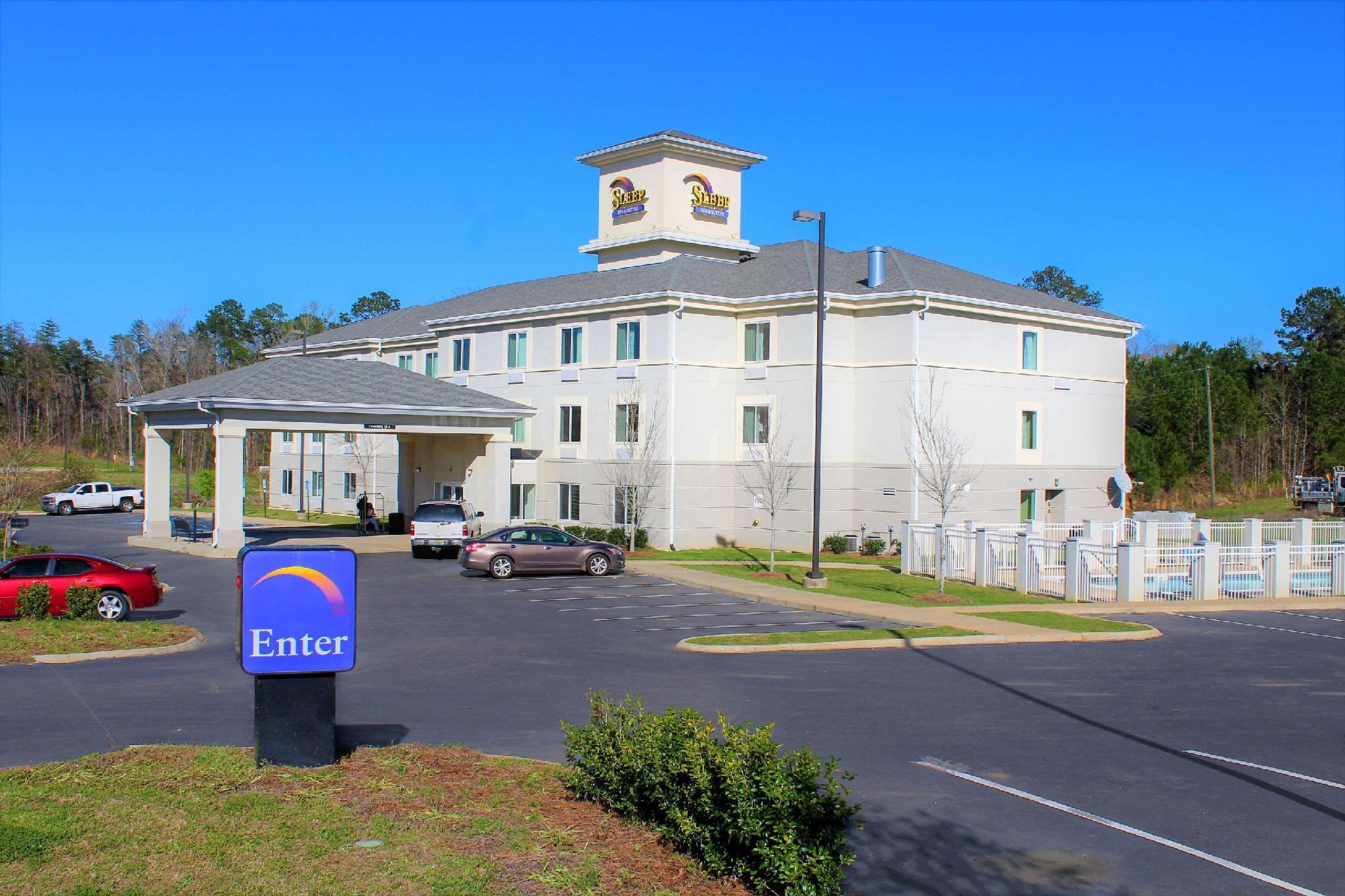 Sleep Inn And Suites Near Liberty Place I 65