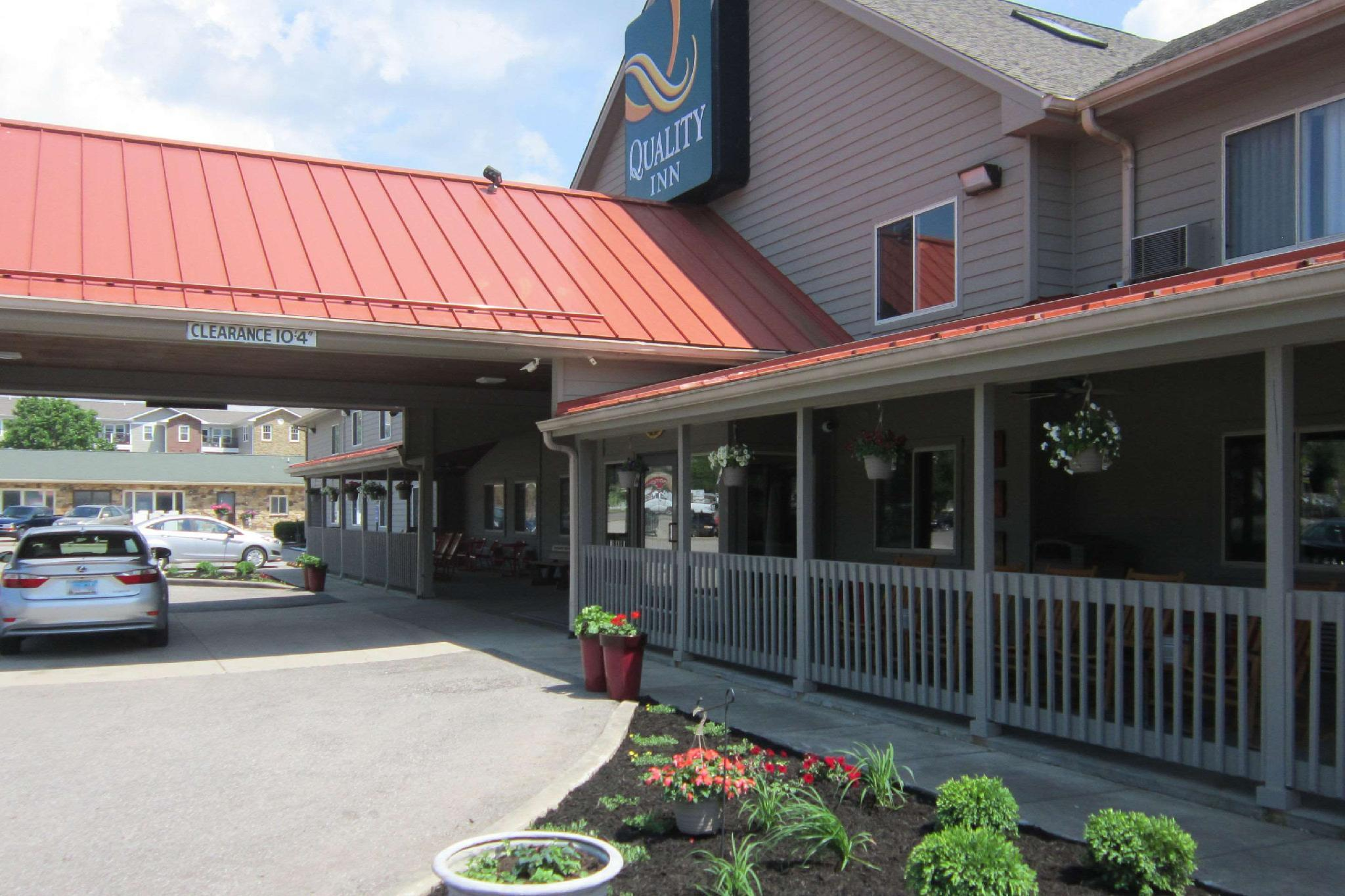 Quality Inn Nashville   Bloomington