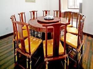 Tengchong Biquan Hotel