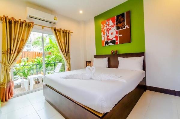 Baan Yuyen Karon Guesthouse Phuket