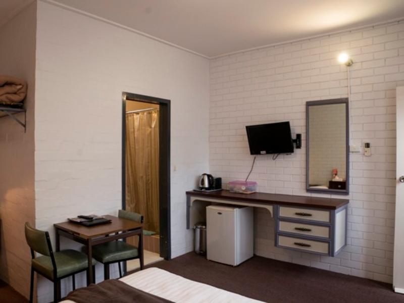 Discount Sun Centre Motel