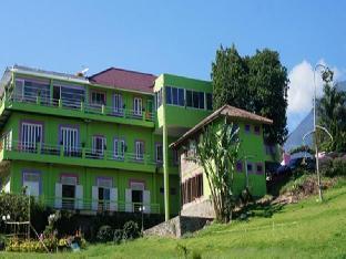 Villa BungaBunga Puncak