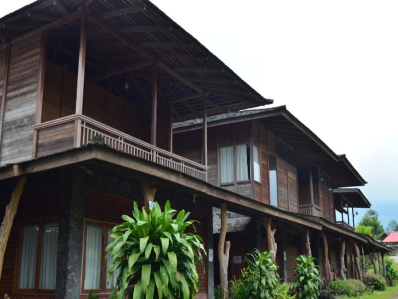 Villa Rumah Kayu (Java Joglo)