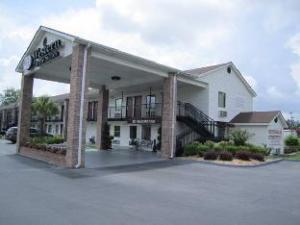 關於西方旅館和套房 (Western Inn & Suites)
