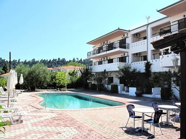 Skentos Hotel