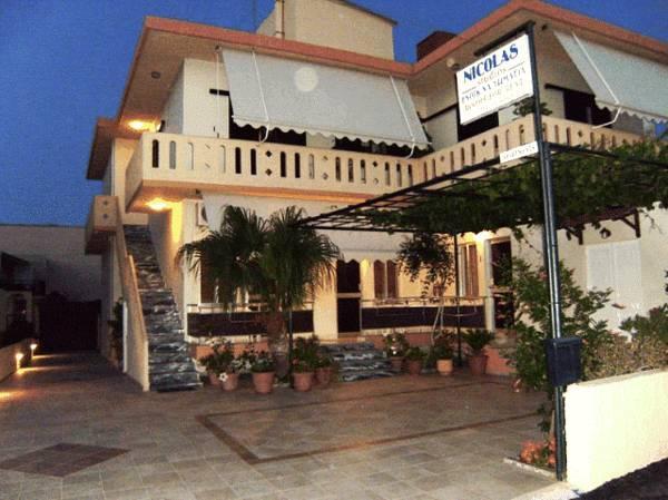 Nicolas Studios & Apartments Crete Island
