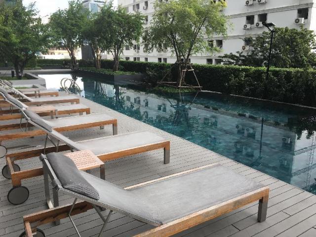 Fancy condo with balcony – Fancy condo with balcony