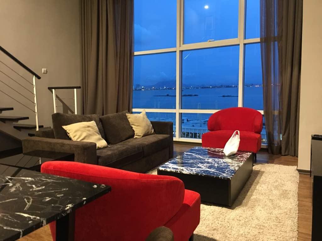 Urbano LUXURY Duplex Suite At Maritime Suites