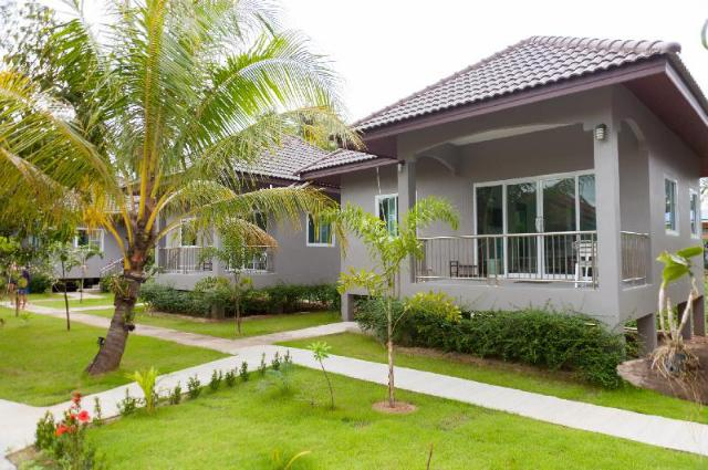 Cozy cottages with kitchen of Maenam – Cozy cottages with kitchen of Maenam