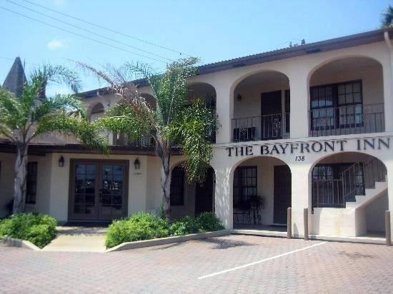 Bayfront Inn