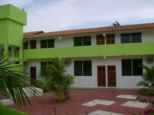 Hotel And Suites Punta Esmeralda