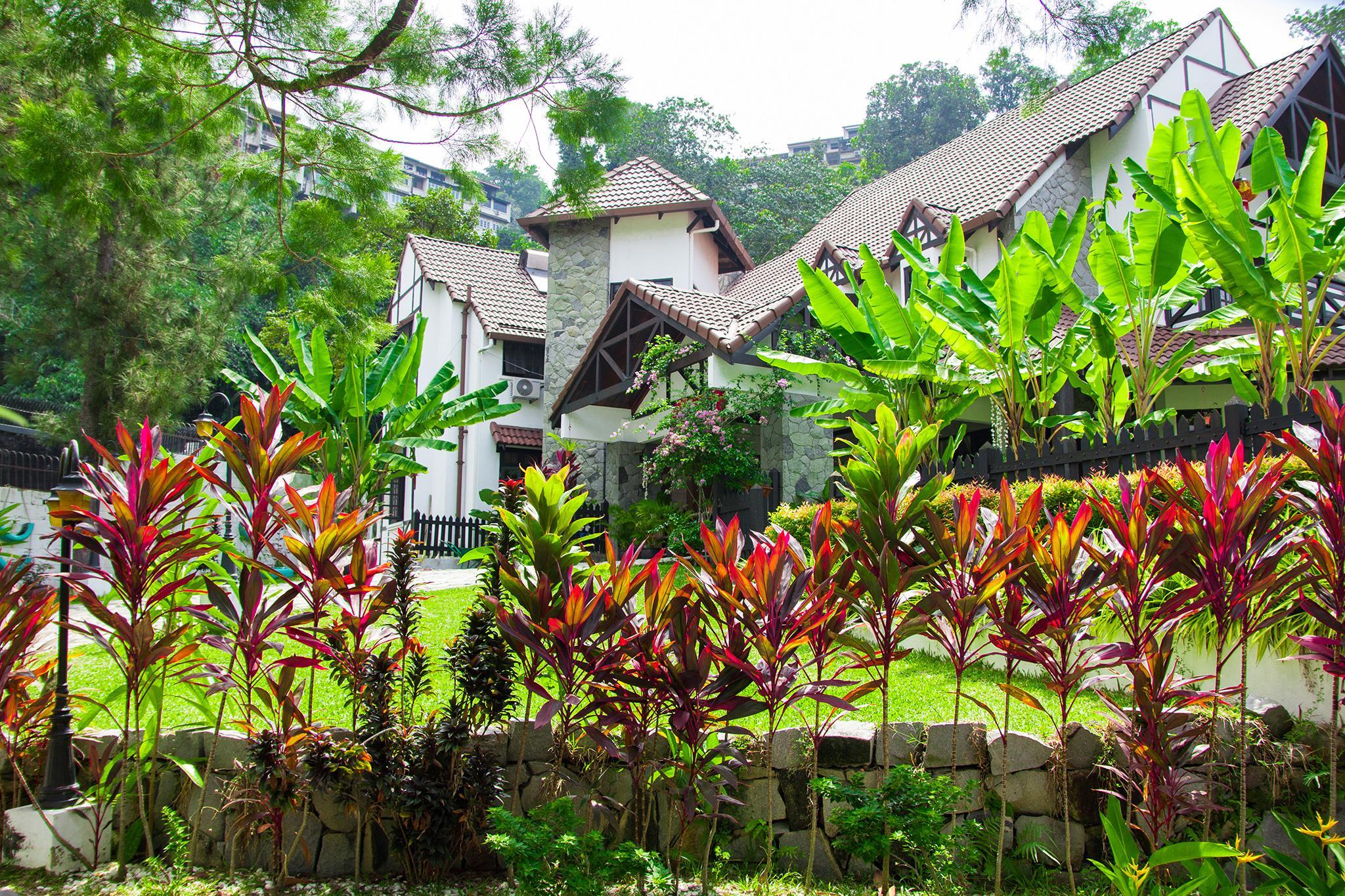 Pearl Hill Resort