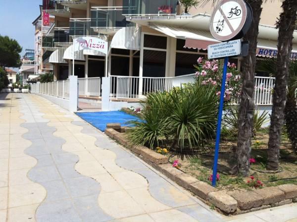 Hotel Nizza Frontemare