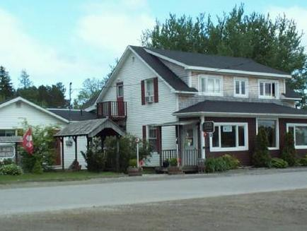St. Mary's River Lodge