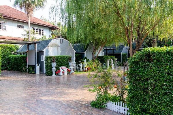 Villa Madame Resort Bangkok