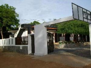 Dinaka Rest Guesthouse