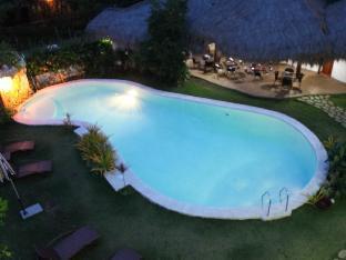picture 4 of Vanilla Sky Dive Resort