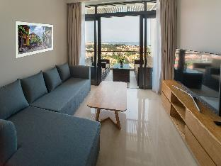 %name Top Floor Apartment at 5* Ocean Villa Resort  03 Da Nang
