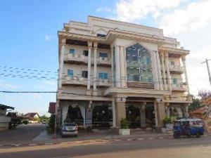 Lattana Phet Amone Chai Hotel