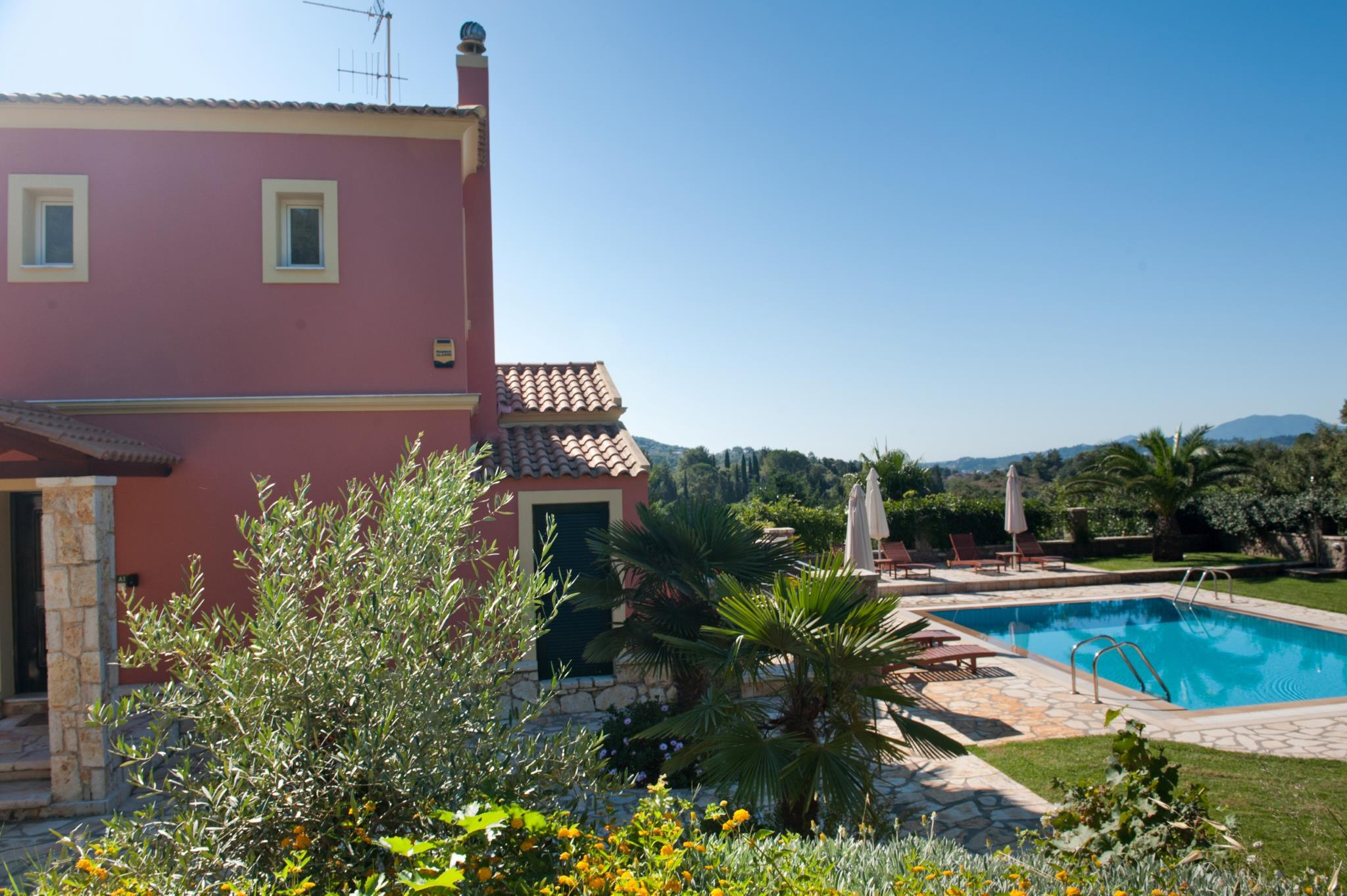 Lemonia Luxury Villa With Private Pool