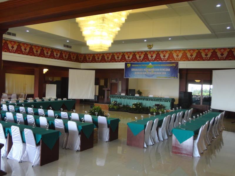 Queen Garden Hotel di Purwokerto Jawa Tengah Indonesia