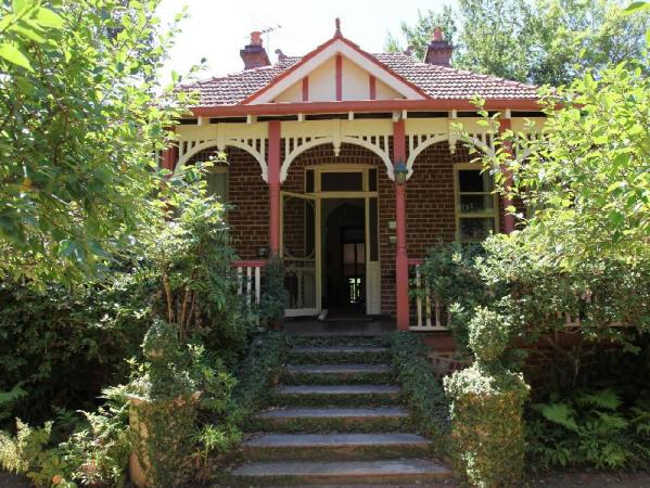 Fawkes House Country Spa Retreat Perth