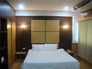 Suanwaruan Hotel โรงแรมสวนวรุณ