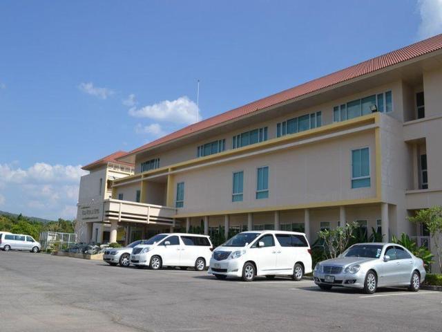โรงแรมวิลลา วิชาลัย – Villa Vichalai Hotel
